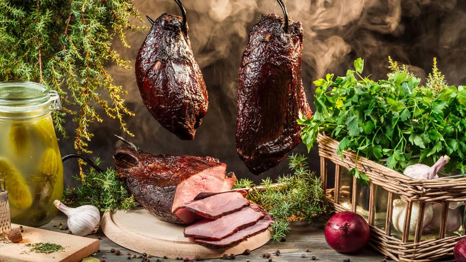 Udíme mäso, syry a ryby. Ako to spraviť?
